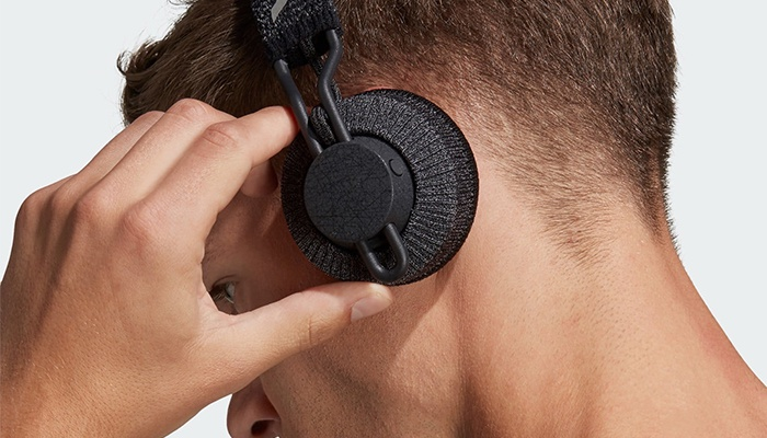 Adidas presents its new wireless headphones with an exclusive design for athletes