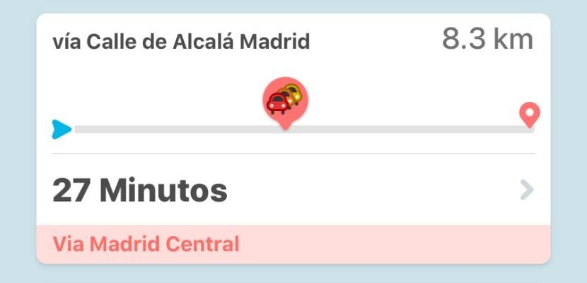 The GPS Waze app will notify us when our route passes through Madrid Central