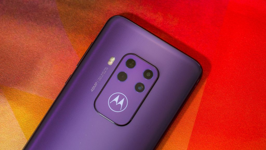 Motorola One Zoom First Impressions: Good Enough?