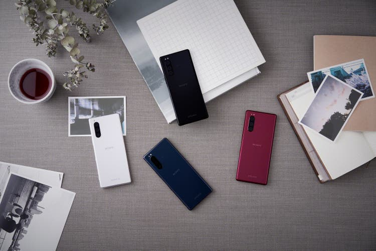 This is the Xperia 5 against OnePlus 7, Huawei P30 and Galaxy S10e 1