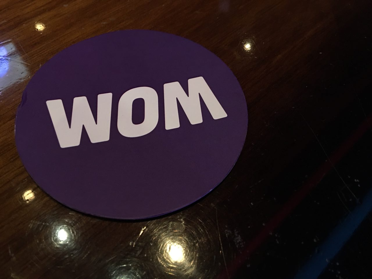 WOM presents its new roaming bags with Uber, Booking and Google Maps totally unlimited