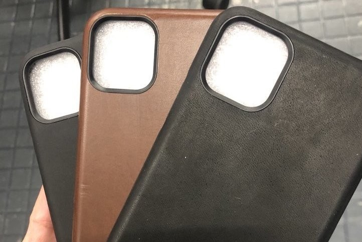 Cases appear that show an opening with more space for cameras on the next iPhone